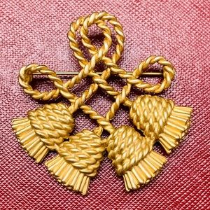 Large Gold Brooch/Pin
